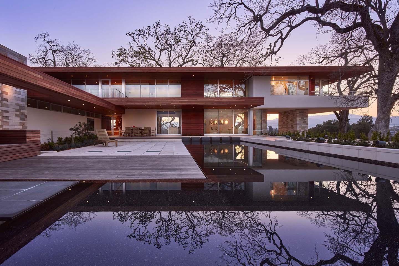 Merit Award. Gold Nugget Awards: Best Custom Home, 4,000-8,000SF for Oak Knoll House