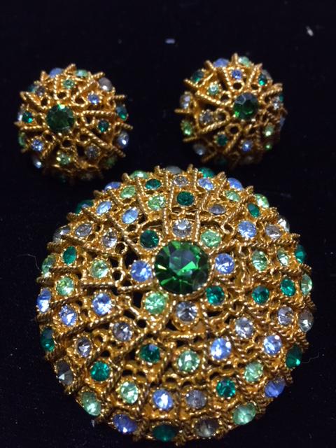 pin and earring set.JPG