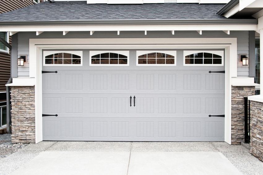 light-gray-garage-doors.jpg