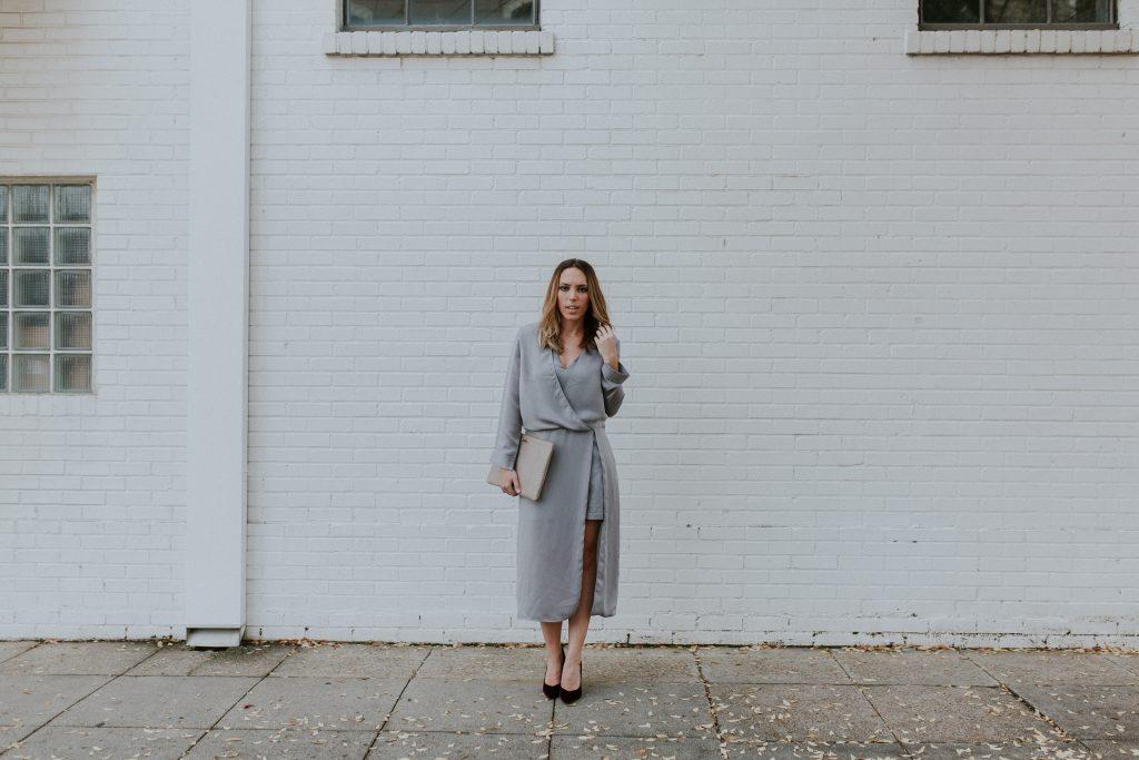 Blogger-Gracefully-Taylored-in-Halston-Heritage-Dress22-1024x683.jpg
