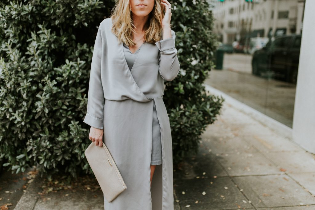 Blogger-Gracefully-Taylored-in-Halston-Heritage-Dress5-1024x683.jpg