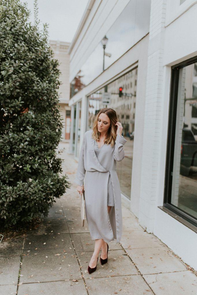 Blogger-Gracefully-Taylored-in-Halston-Heritage-Dress8-683x1024.jpg