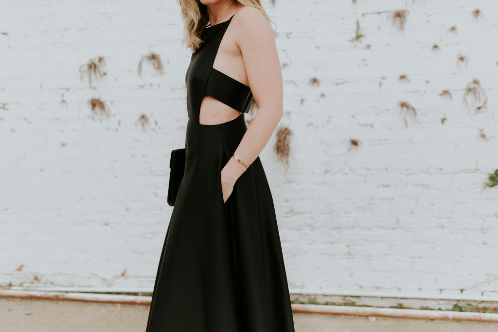 Blogger-Gracefully-Taylored-with-Rent-The-Runway5.jpg