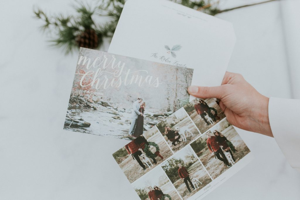 Blogger-Gracefully-Taylored-Christmas-Cards-with-Minted-1024x683.jpg