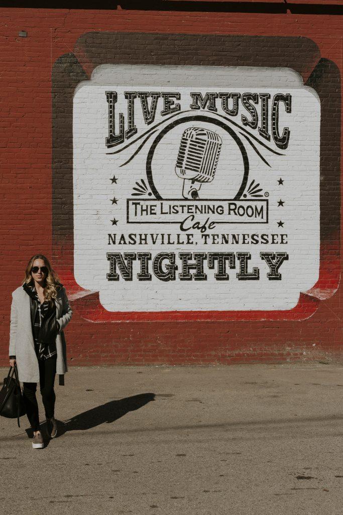 Blogger-Gracefully-Taylored-in-Nashville2-683x1024.jpg