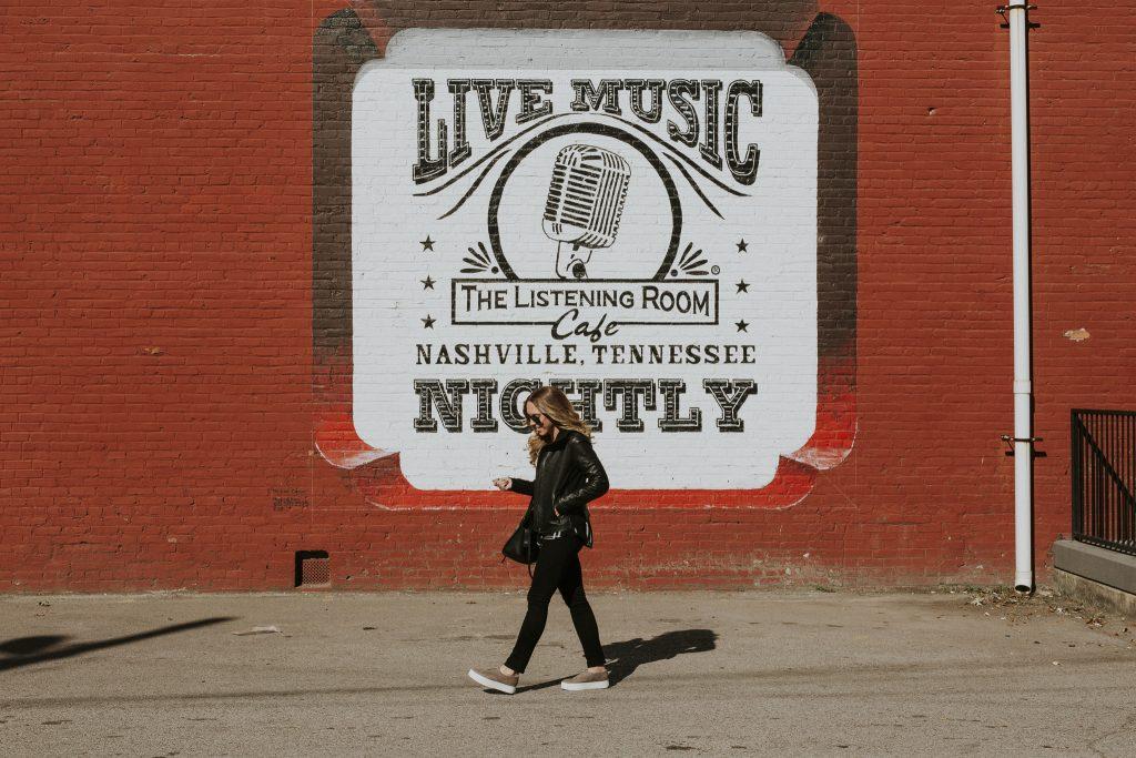 Blogger-Gracefully-Taylored-in-Nashville4-1024x683.jpg