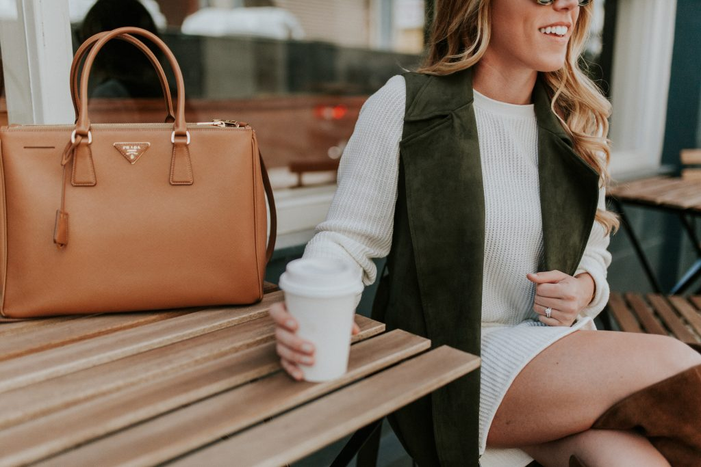 blogger-gracefully-taylored-in-who-what-wear-target-vest-vince-camuto-boots24