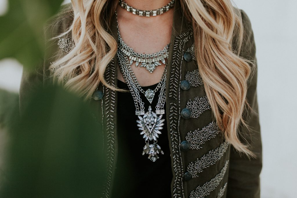 Blogger-Gracefully-Taylored-in-Free-People-Jacket-Bauble-Bar-Necklace15-1024x683.jpg