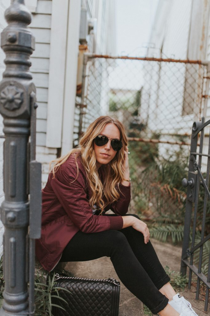Blogger-Gracefully-Taylored-in-Urban-Outfitters-Bomber-Jacket15-683x1024.jpg
