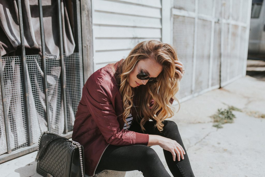 Blogger-Gracefully-Taylored-in-Urban-Outfitters-Bomber-Jacket14-1024x683.jpg