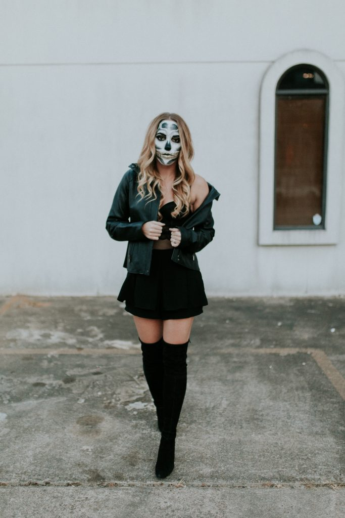 Blogger-Gracefully-Taylored-Halloween44-683x1024.jpg