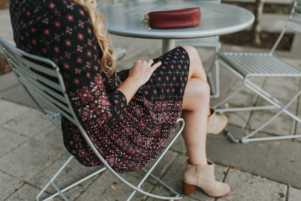 blogger-gracefully-taylored-in-anthropologie-dress3
