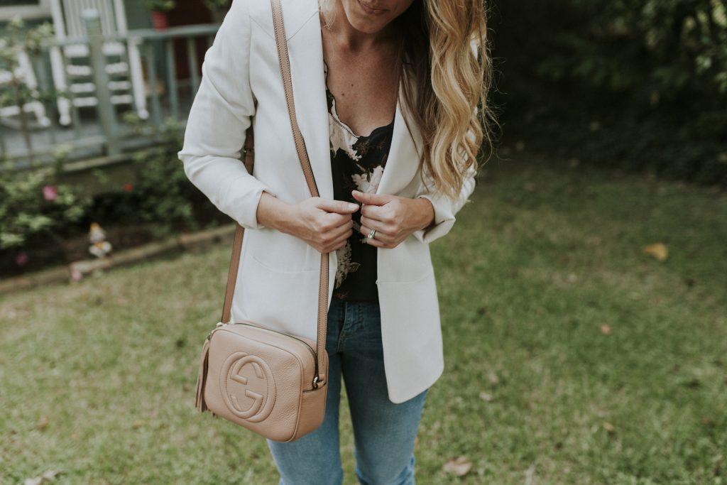 blogger-gracefully-taylored-in-topshop-fringe-denim-blazer4