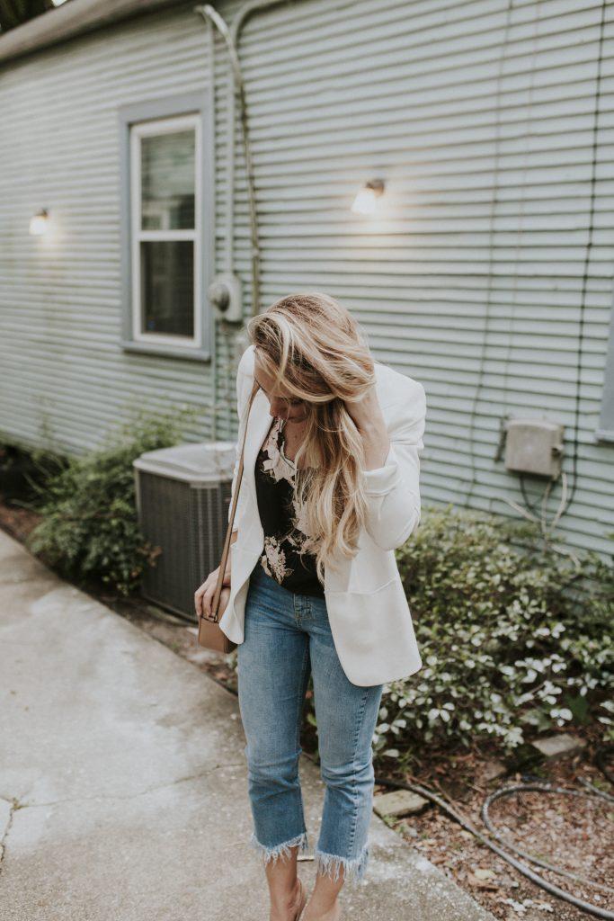Blogger-Gracefully-Taylored-in-Topshop-Fringe-Denim-Blazer7-683x1024.jpg