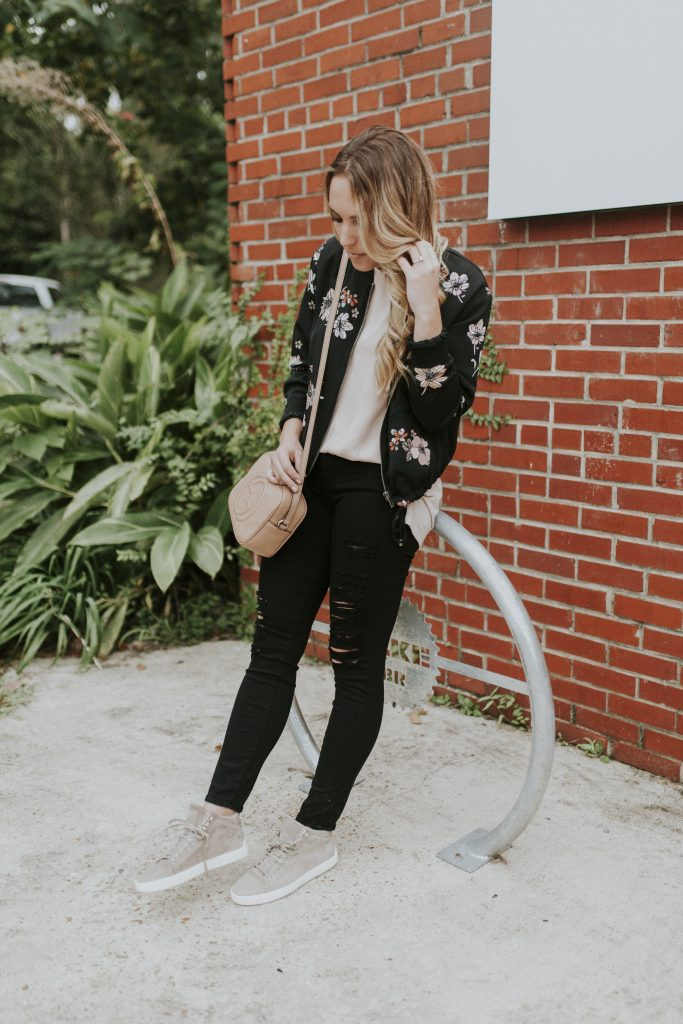 Blogger-Gracefully-Taylored-in-Who-What-Wear-Target-Jacket-and-Rag-and-Bone-High-Tops2-683x1024.jpg