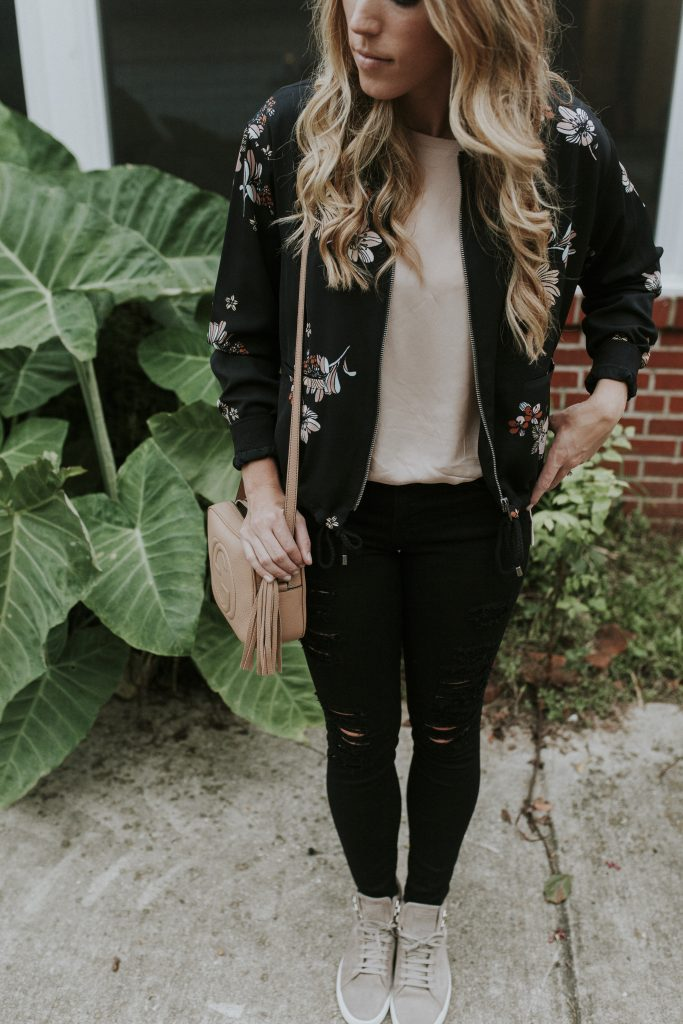Blogger-Gracefully-Taylored-in-Who-What-Wear-Target-Jacket-and-Rag-and-Bone-High-Tops9-683x1024.jpg