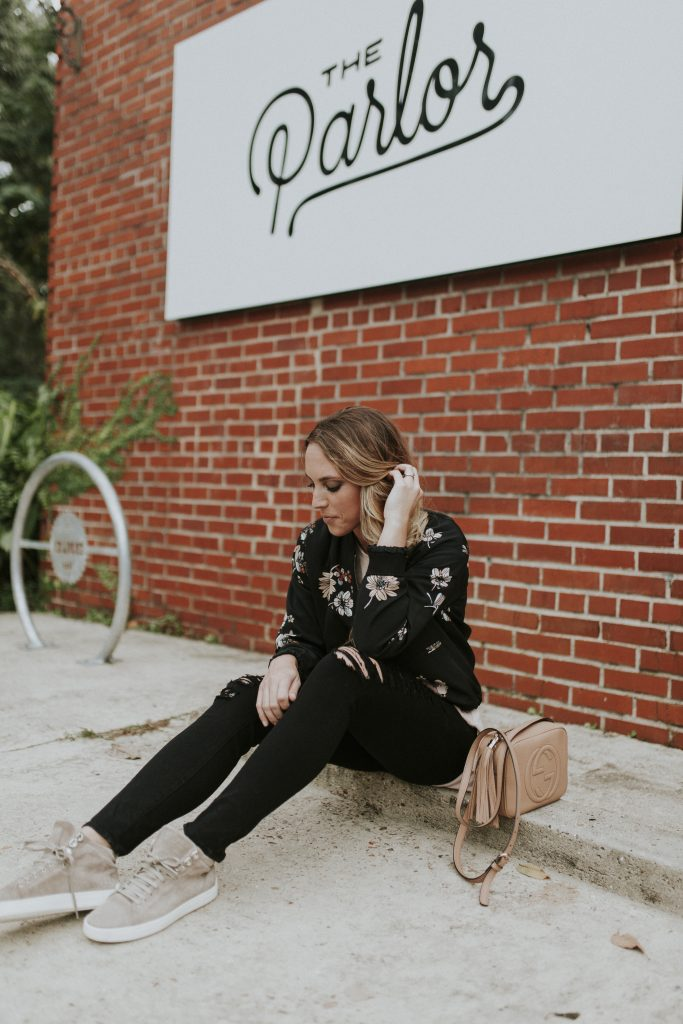 Blogger-Gracefully-Taylored-in-Who-What-Wear-Target-Jacket-and-Rag-and-Bone-High-Tops6-683x1024.jpg