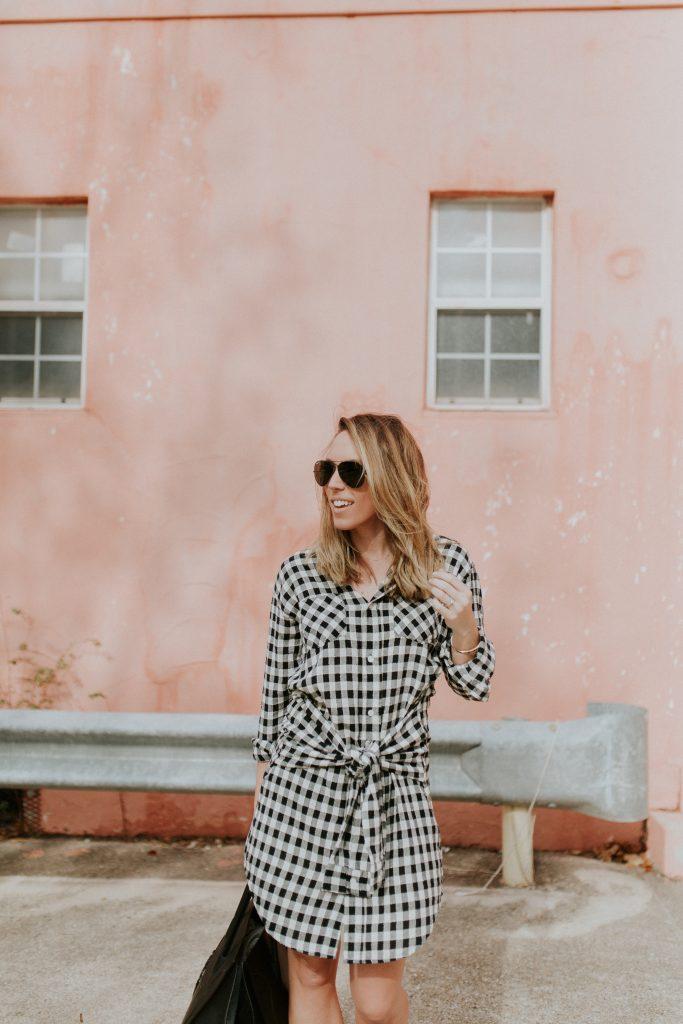 Blogger-Gracefully-Taylored-in-CurrentElliott-Dress7-683x1024.jpg