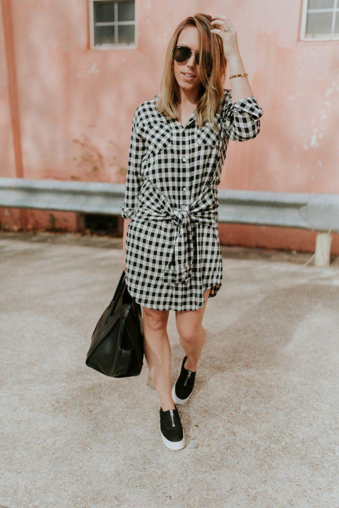 Blogger-Gracefully-Taylored-in-CurrentElliott-Dress12-683x1024.jpg