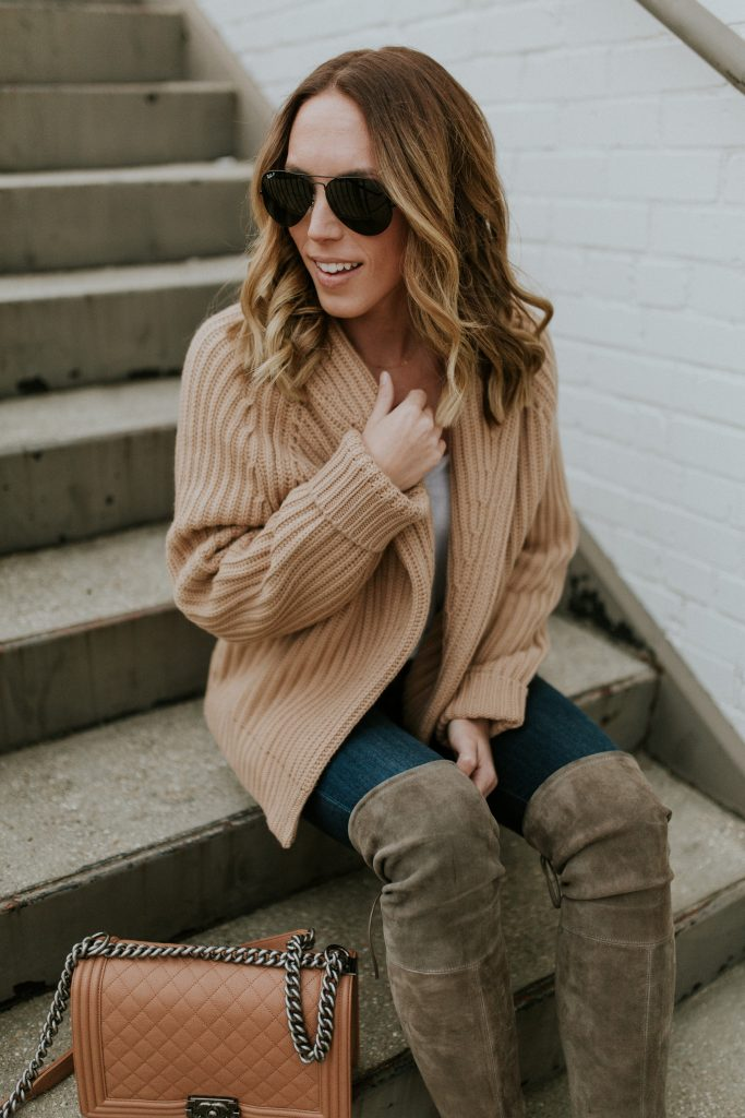Blogger-Gracefully-Taylored-in-Vince-Sweater-Stuart-Weitzman-Boots12-683x1024.jpg