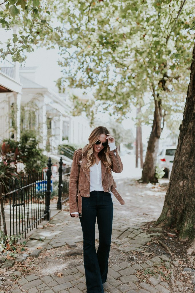 Blogger-Gracefully-Taylored-in-BLANKNYC-Jacket-Flare-Denim2-683x1024.jpg
