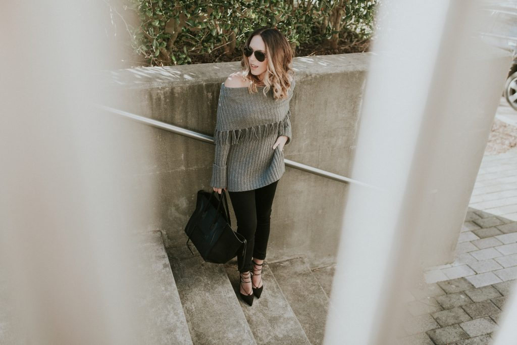 Blogger-Gracefully-Taylored-in-Last-Call-Sweater16-1024x683.jpg