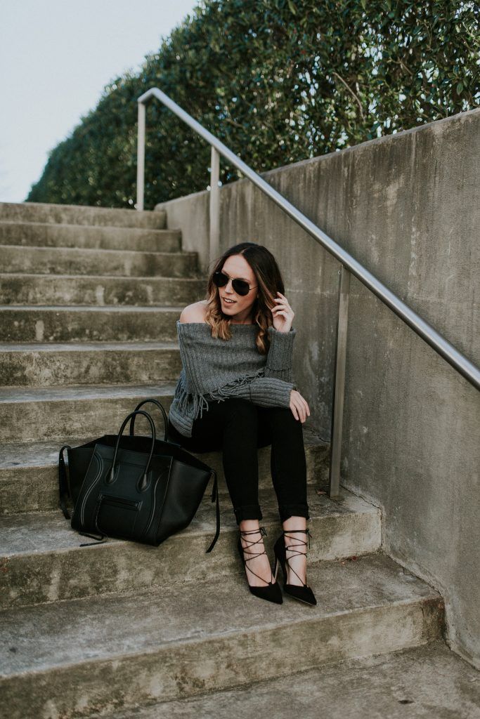 Blogger-Gracefully-Taylored-in-Last-Call-Sweater38-683x1024.jpg
