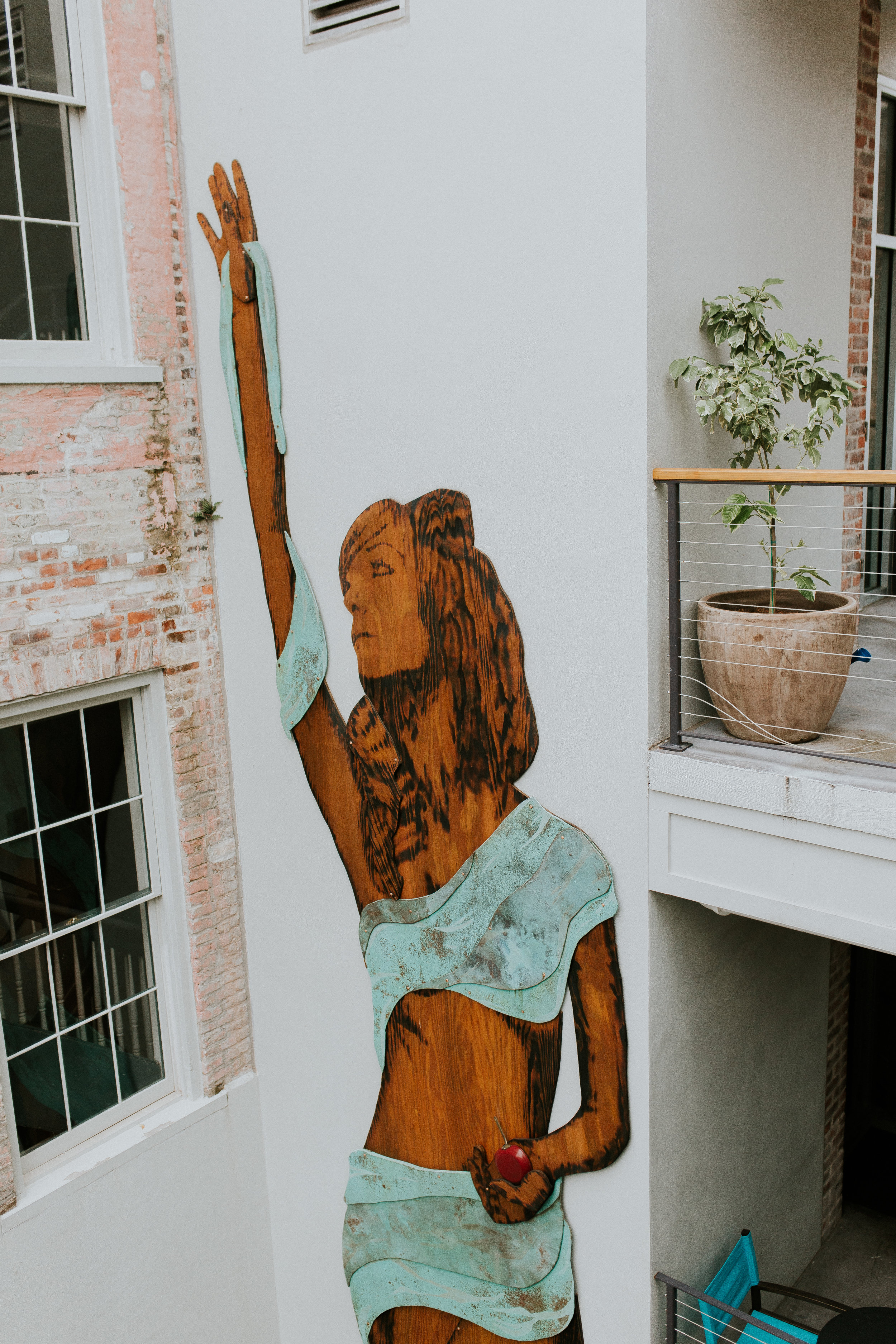 Blogger Gracefully Taylored and the Catahoula Hotel New Orleans(35).jpg