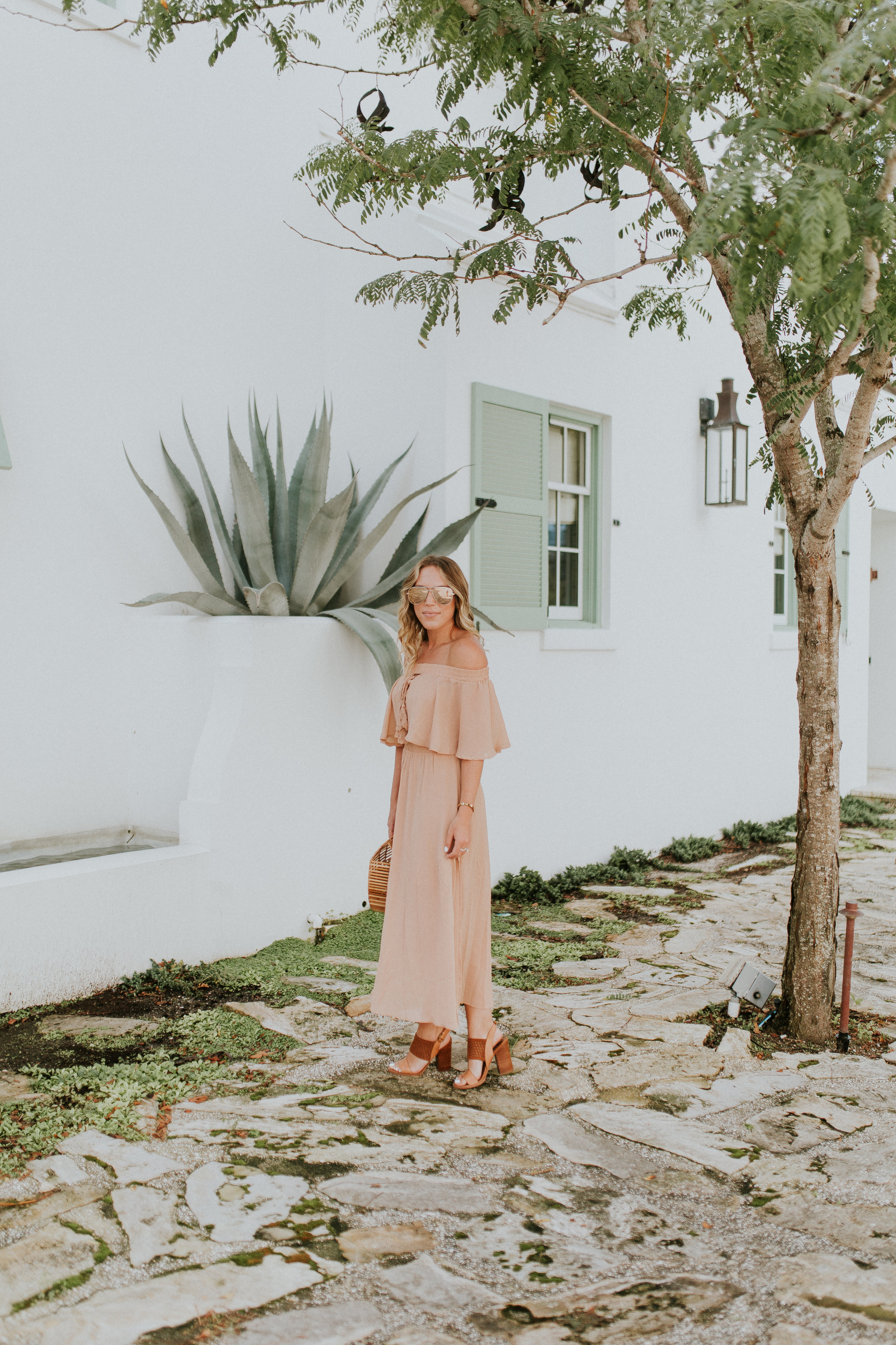 Blogger Gracefully Taylored in Somedays Lovin' Dress(7).jpg