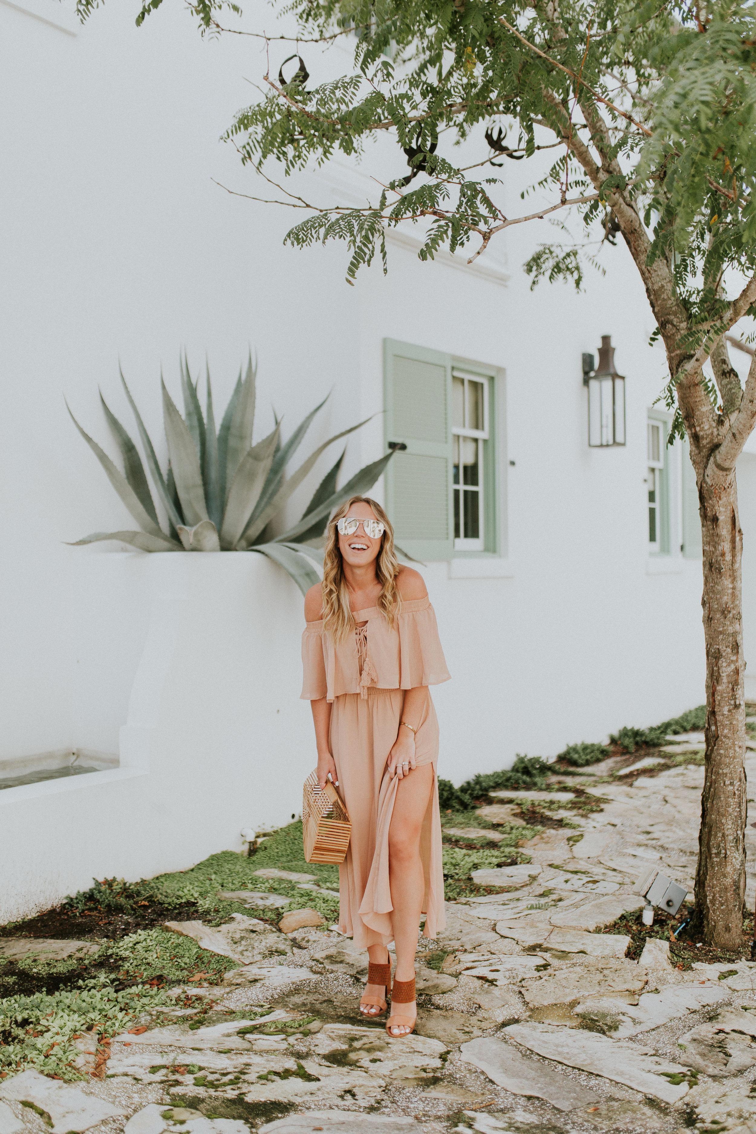 Blogger Gracefully Taylored in Somedays Lovin' Dress(6).jpg
