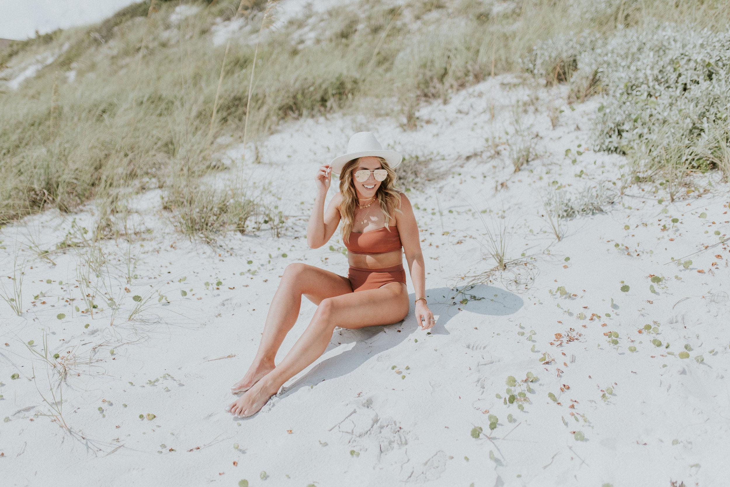 Blogger Gracefully Taylored in LSpace Swimwear(4).jpg