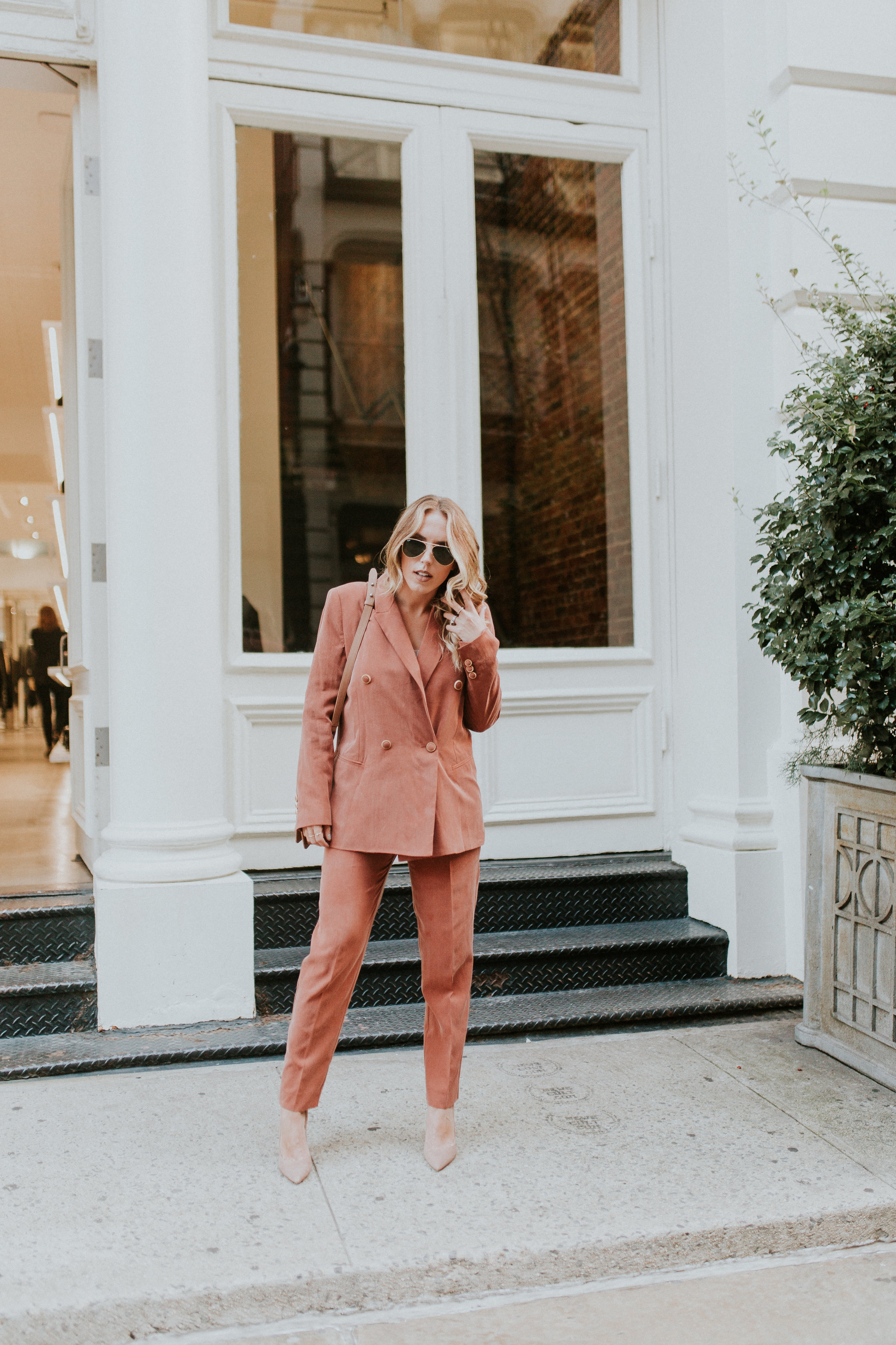 Blogger Gracefully Taylored in Mango Suit(9).jpg
