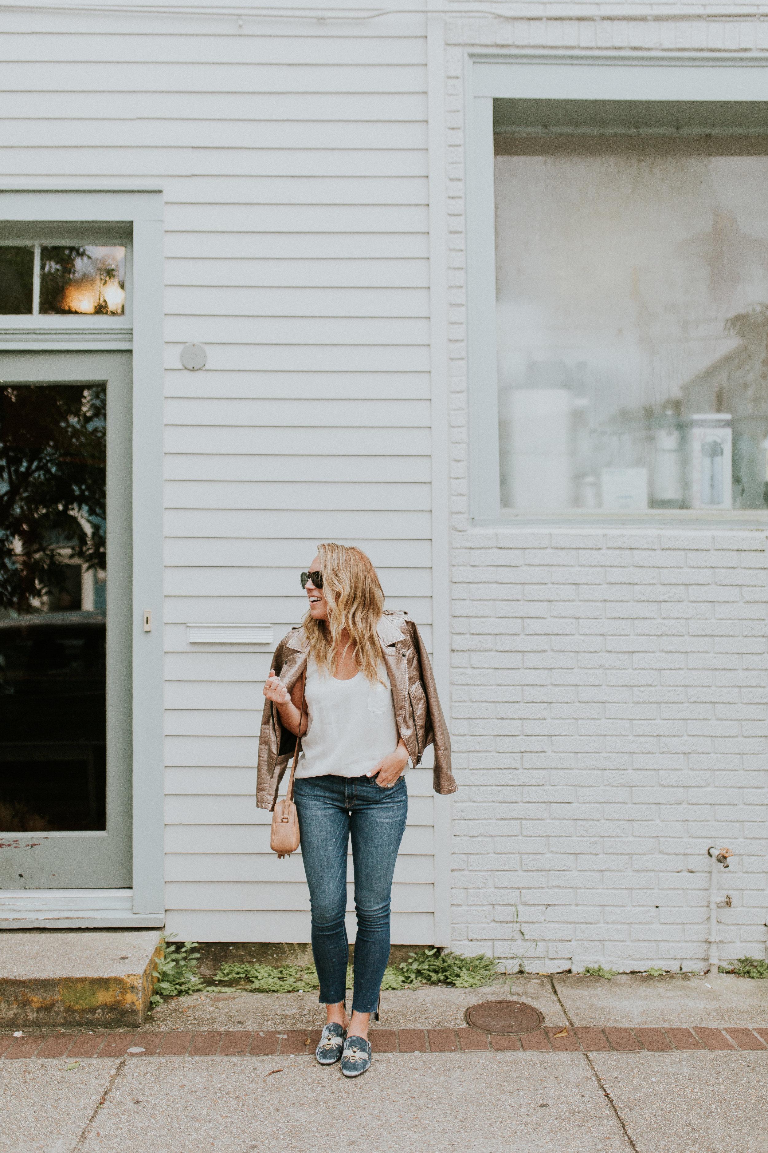 Blogger Gracefully Taylored in Blank NYC Metallic Jacket(6).jpg