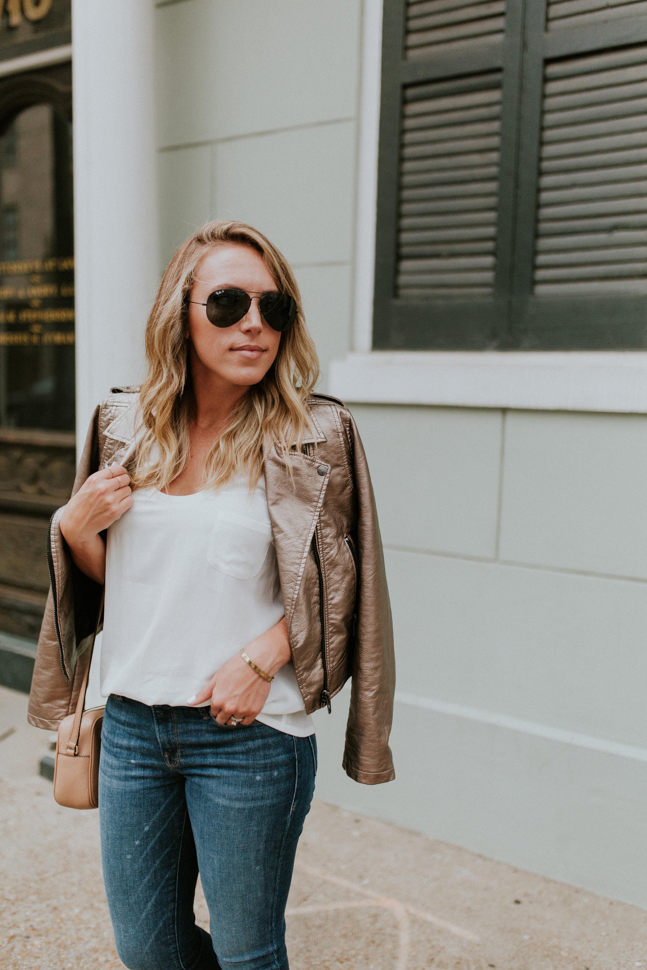 Blogger Gracefully Taylored in Blank NYC Metallic Jacket(12).jpg