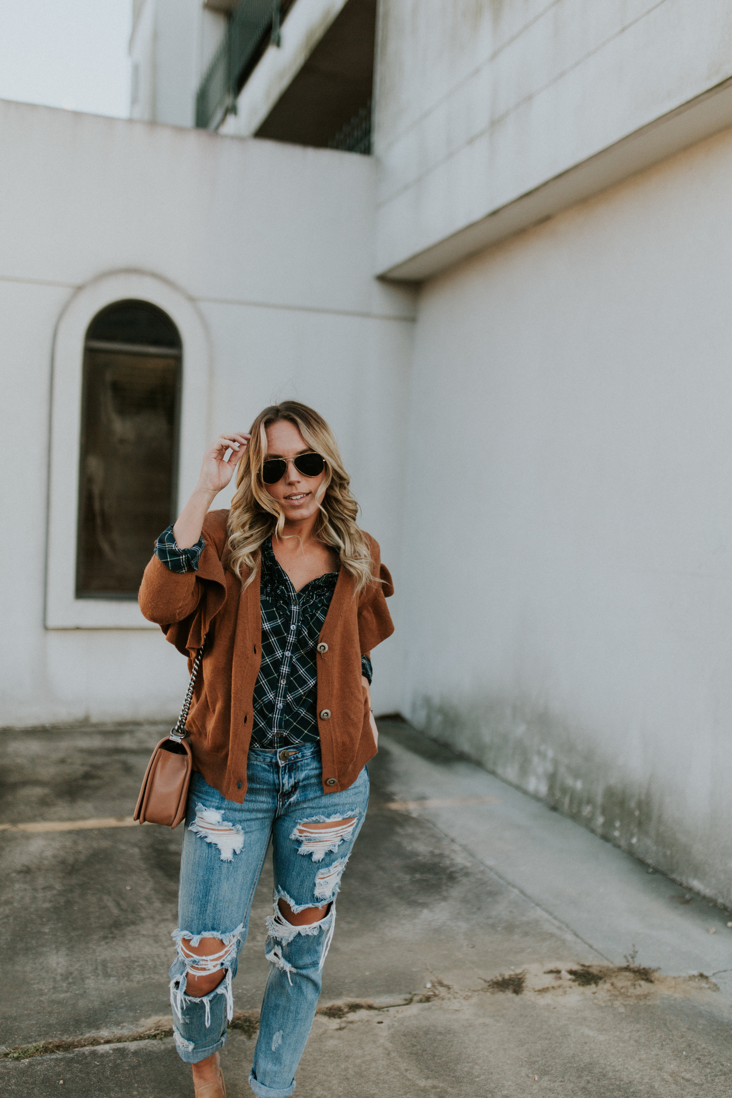 Blogger Gracefully Taylored in One Teaspoon Denim, Anthropologie Sweater and Plaid Top(20).jpg