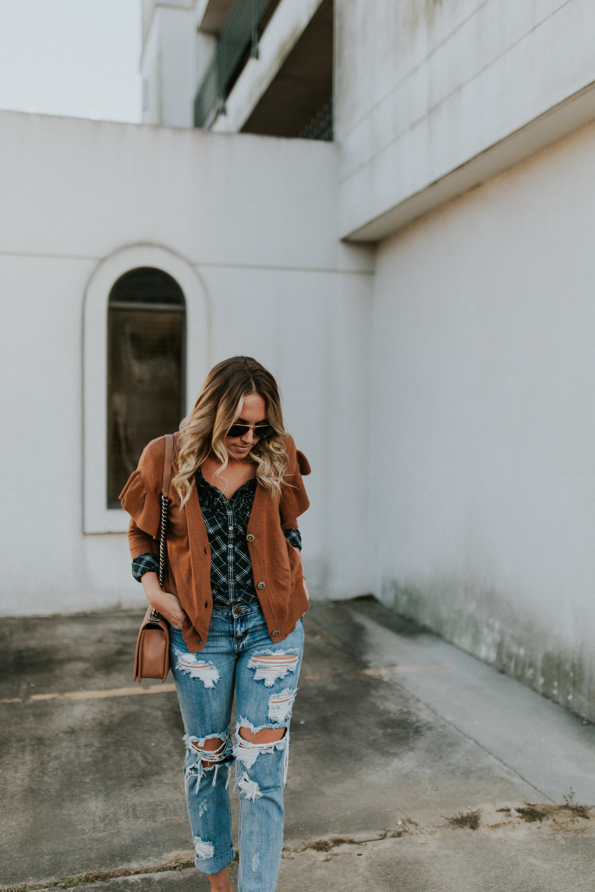 Blogger Gracefully Taylored in One Teaspoon Denim, Anthropologie Sweater and Plaid Top(21).jpg