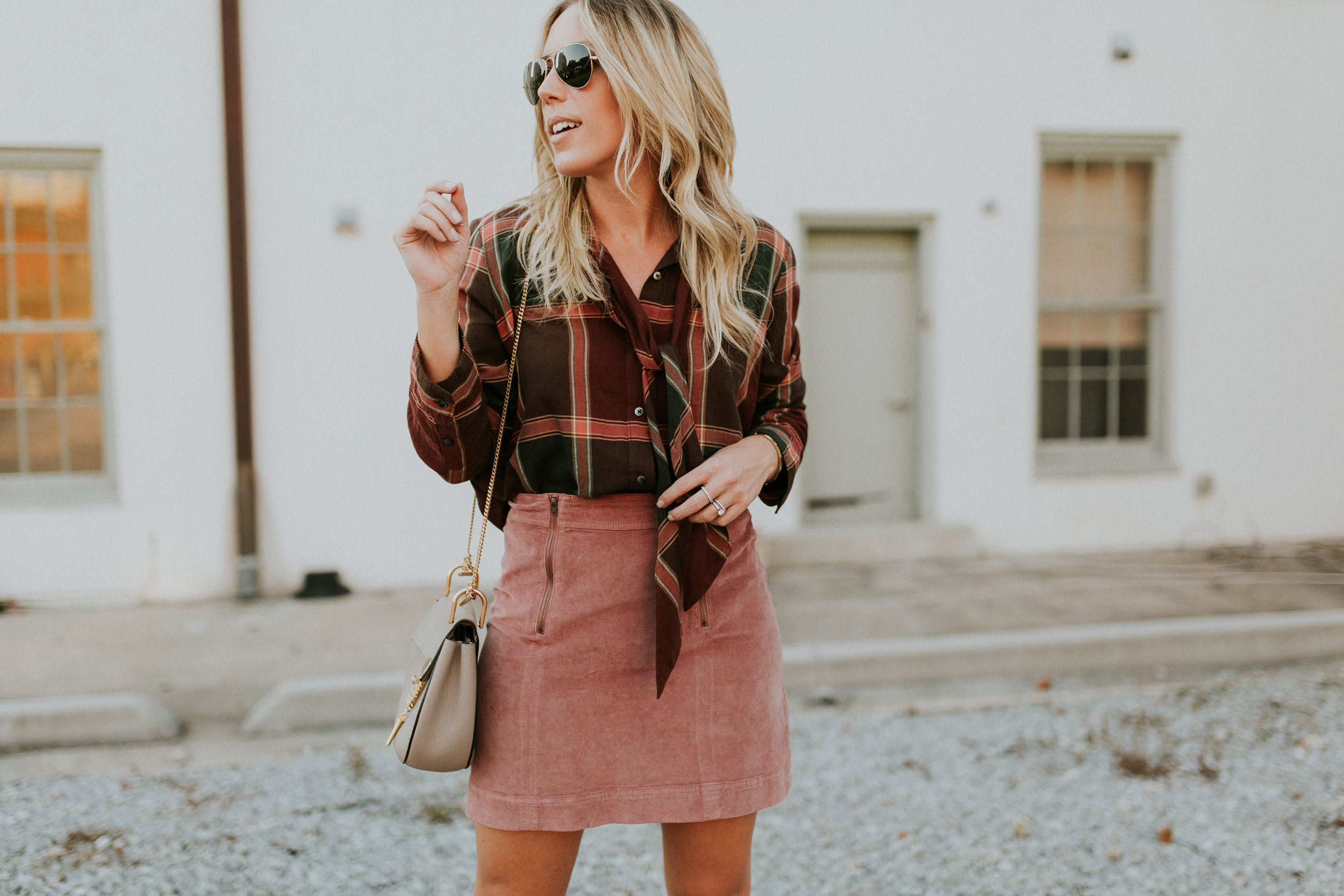 Blogger Gracefully Taylored in Plaid  Madewell(1).jpg