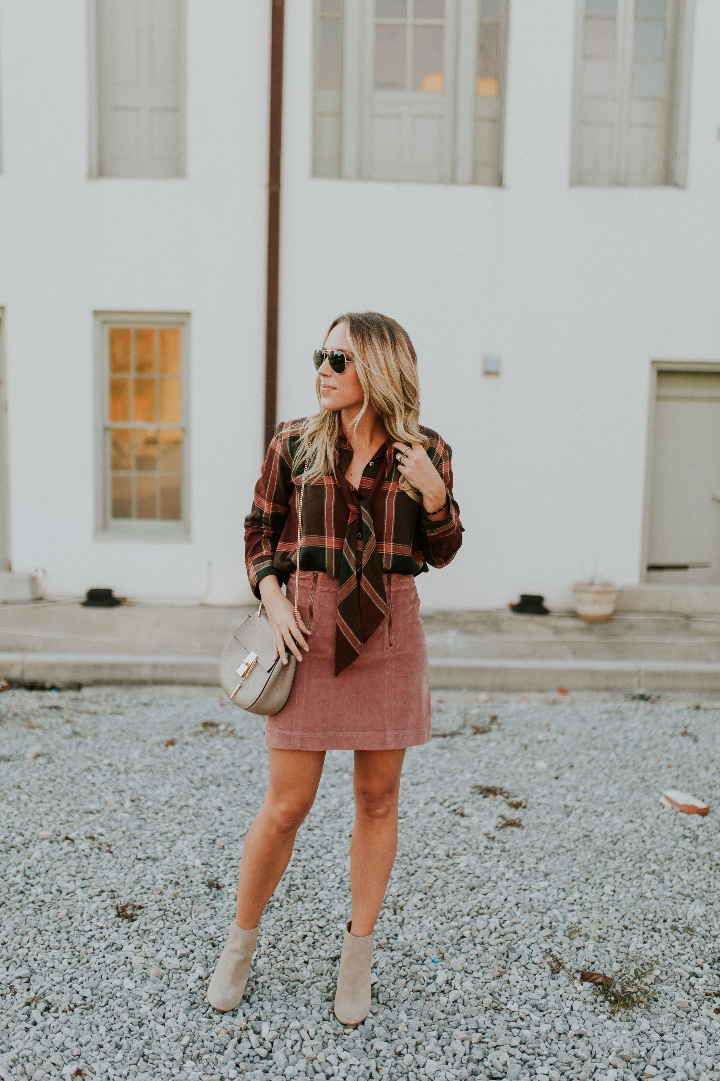 Blogger Gracefully Taylored in Madewell(6).jpg