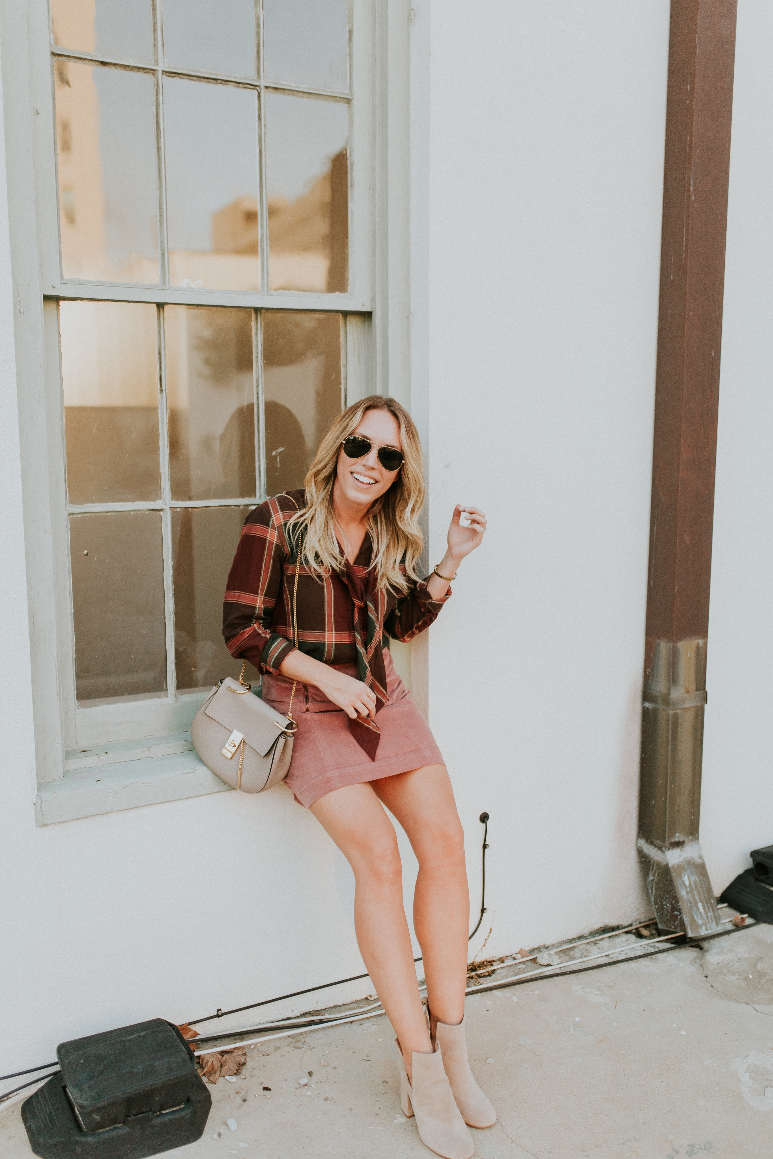Blogger Gracefully Taylored in Plaid Madewell(12).jpg