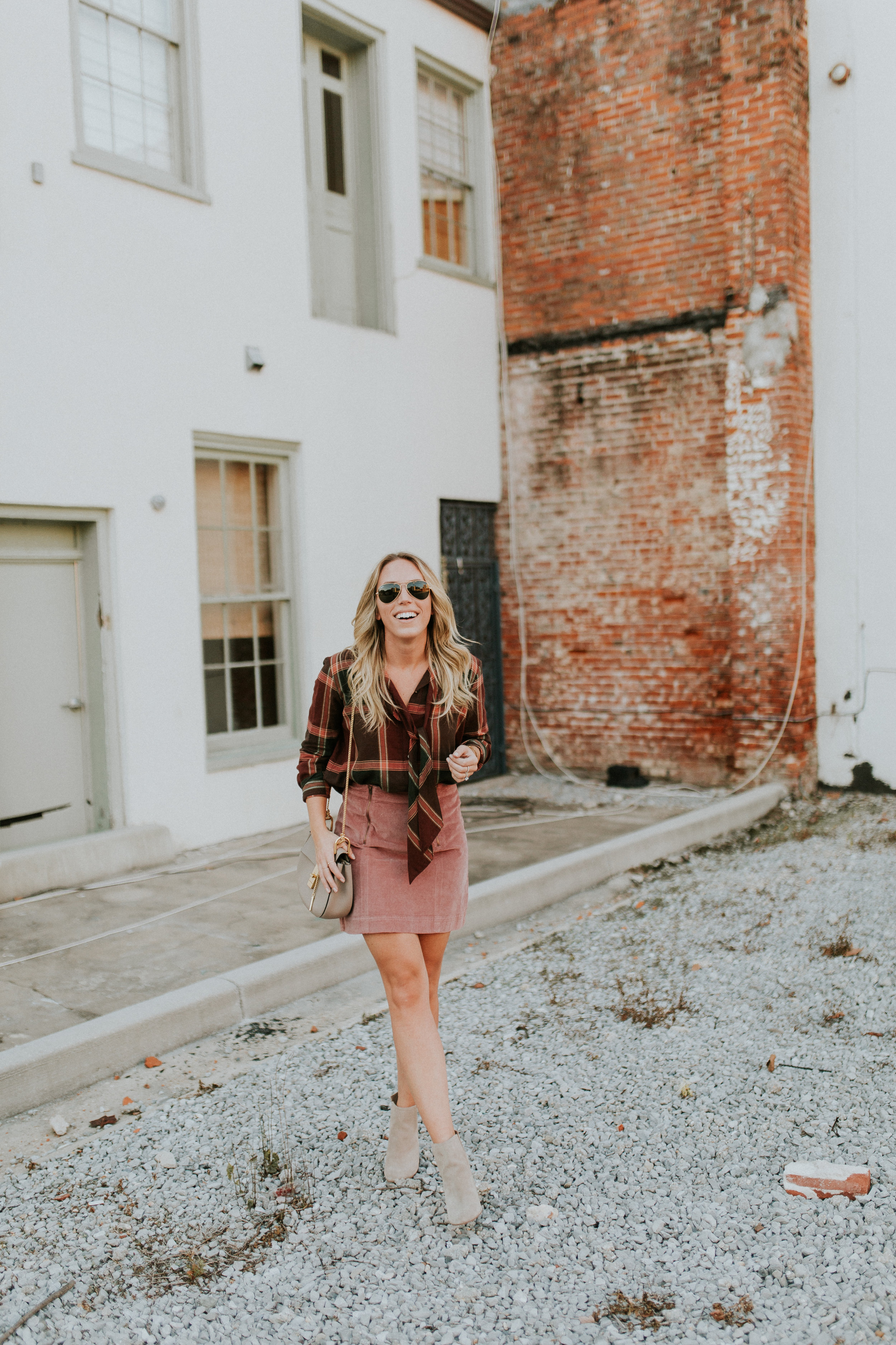 Blogger Gracefully Taylored in Plaid Madewell(6).jpg