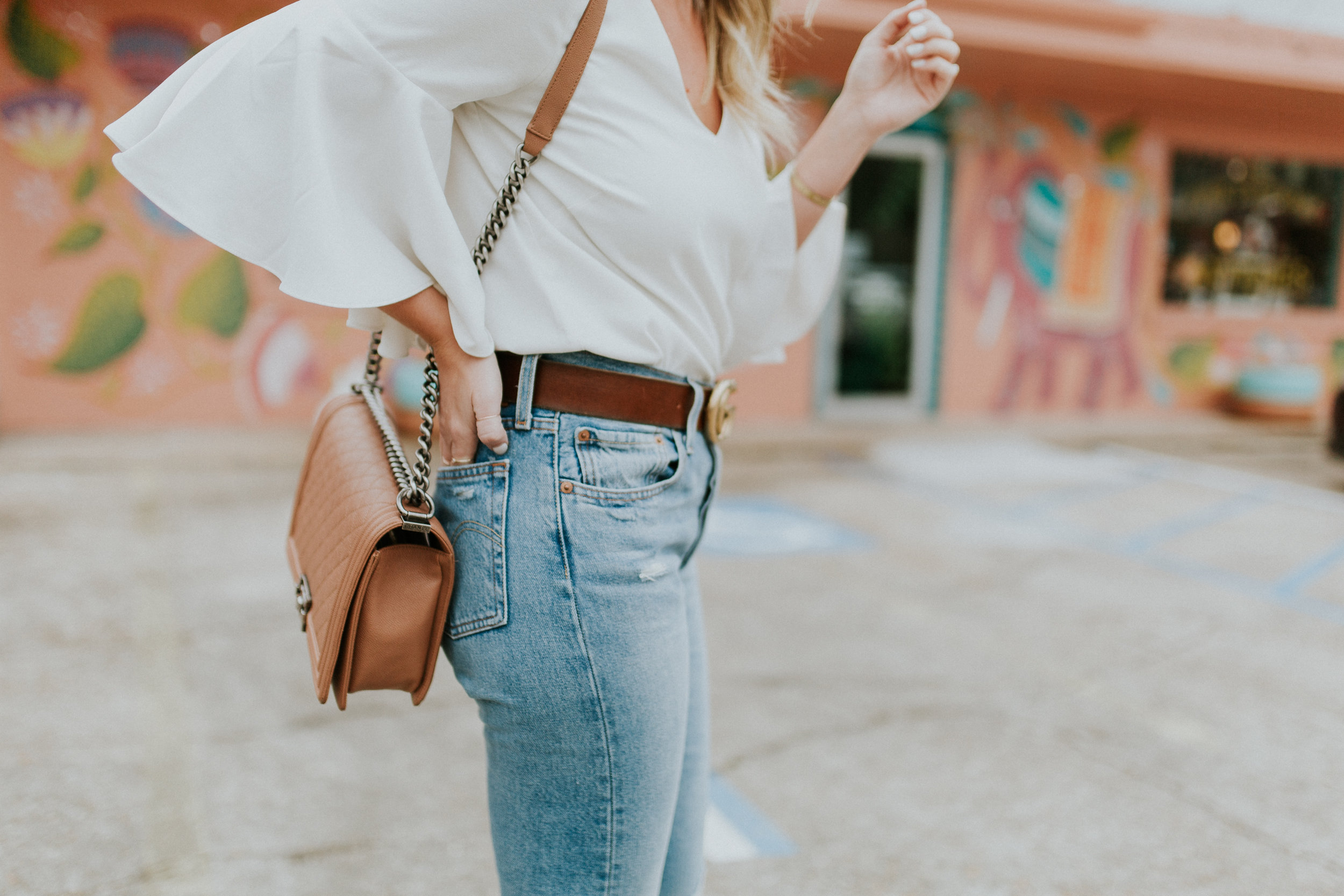Blogger Gracefully Taylored in Levis(6).jpg