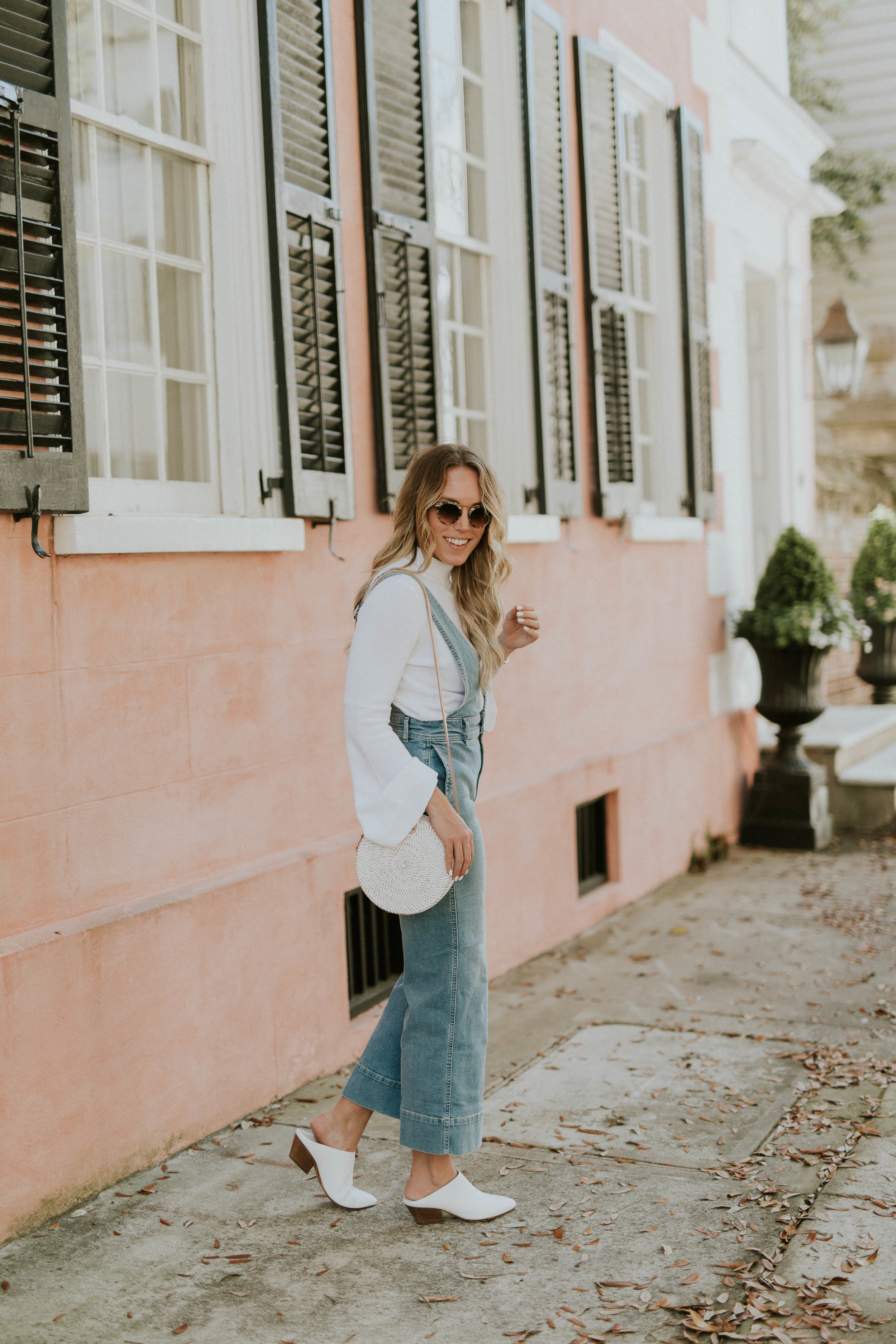 Blogger Gracefully Taylored in Free People Overalls(7).jpg