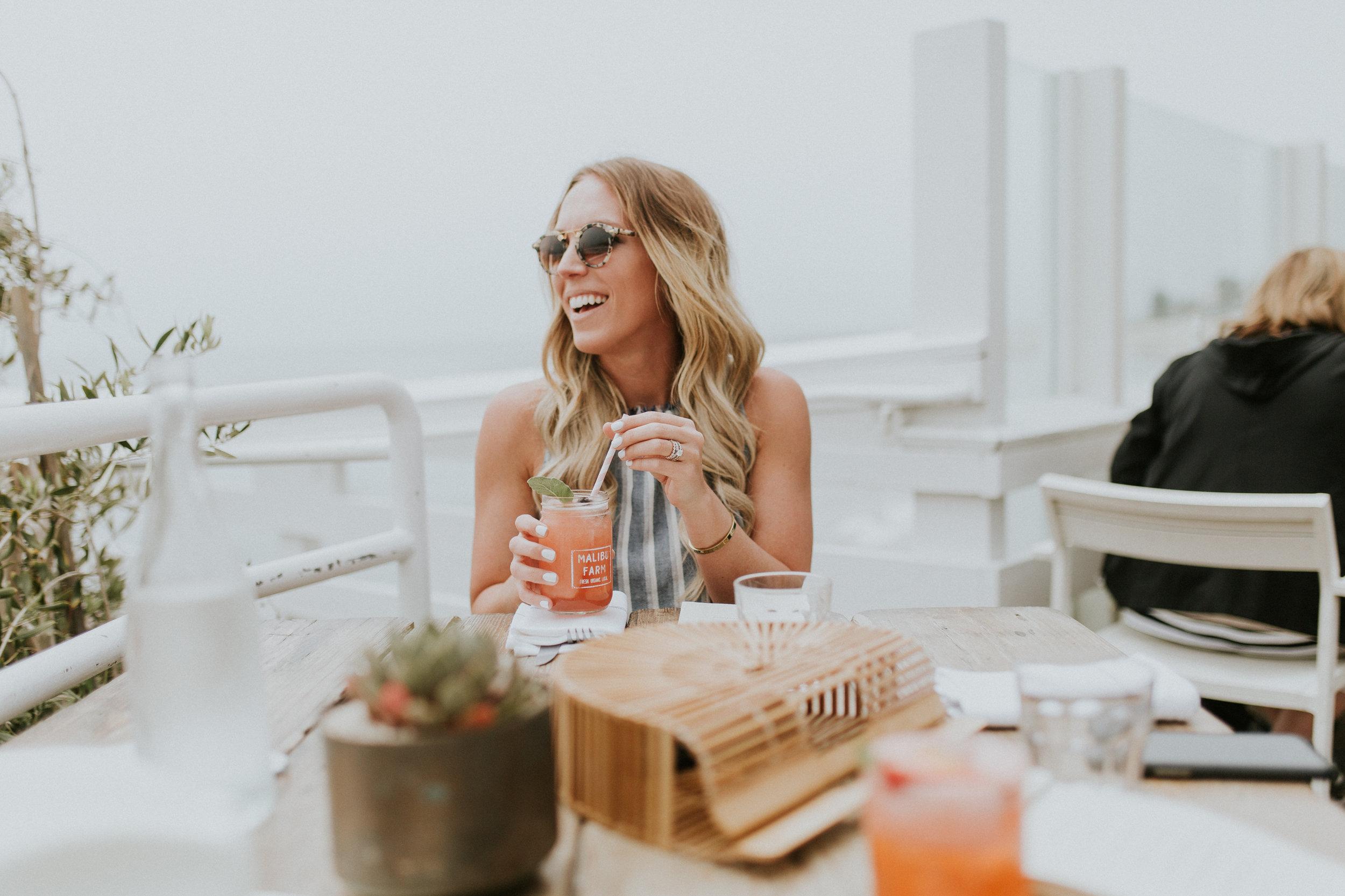 Blogger Gracefully Taylored in Bella Dahl Set in Malibu(6).jpg