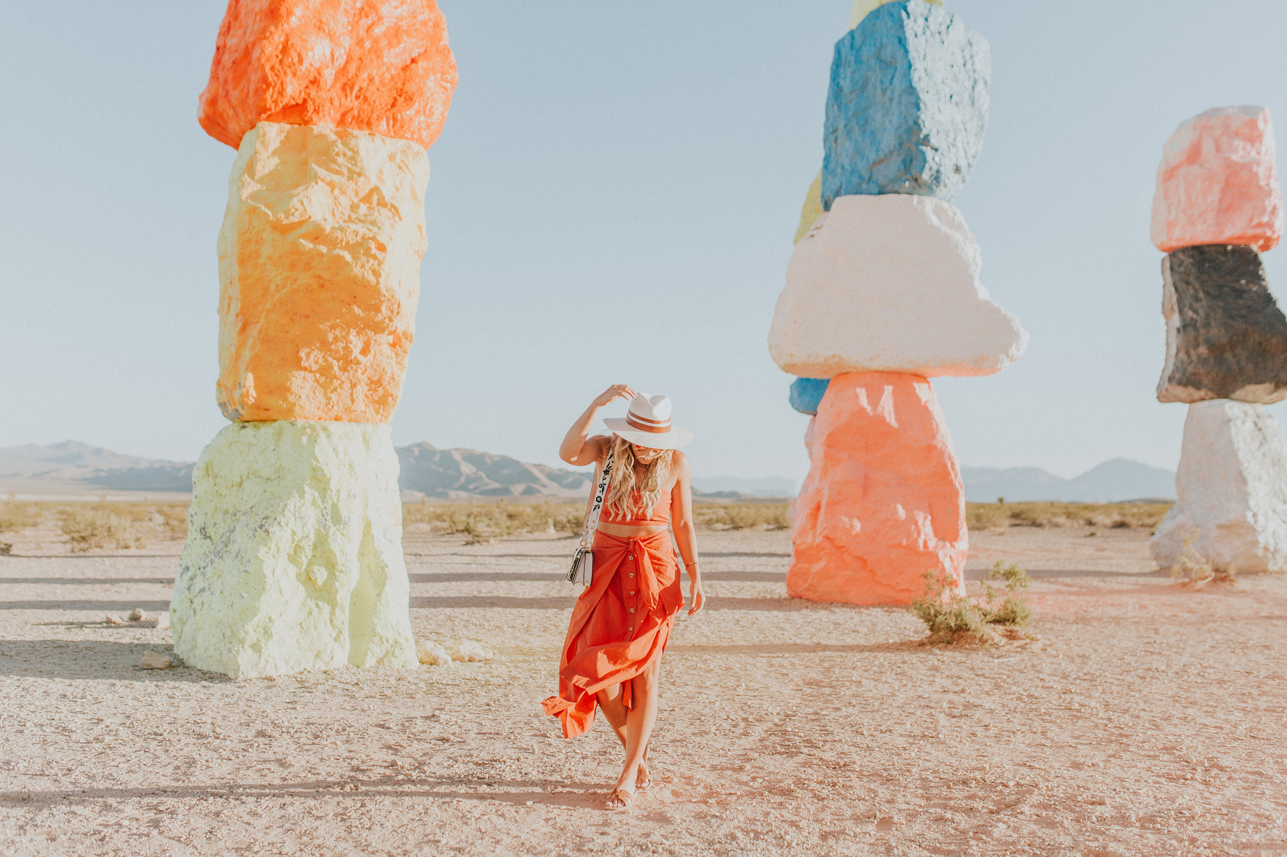 Blogger Gracefully Taylored in Free People at Seven Magic Mountains26).jpg