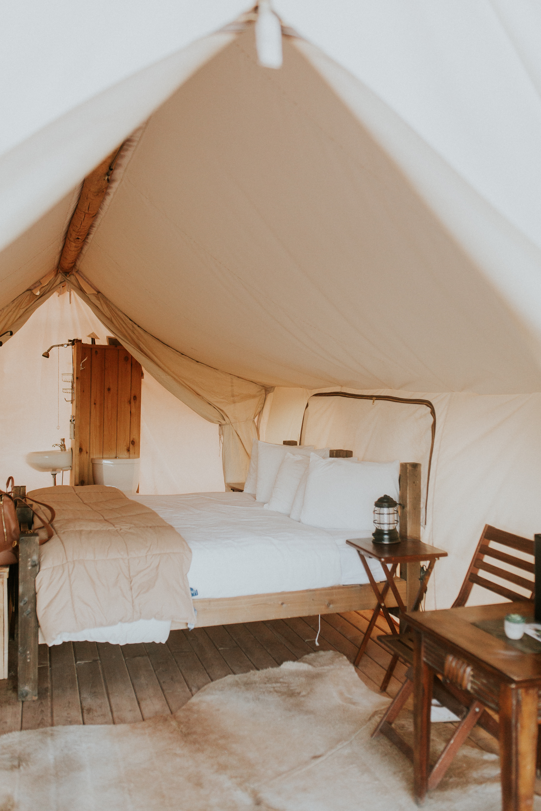 Blogger Gracefully Taylored with Under Canvas Moab(2).jpg