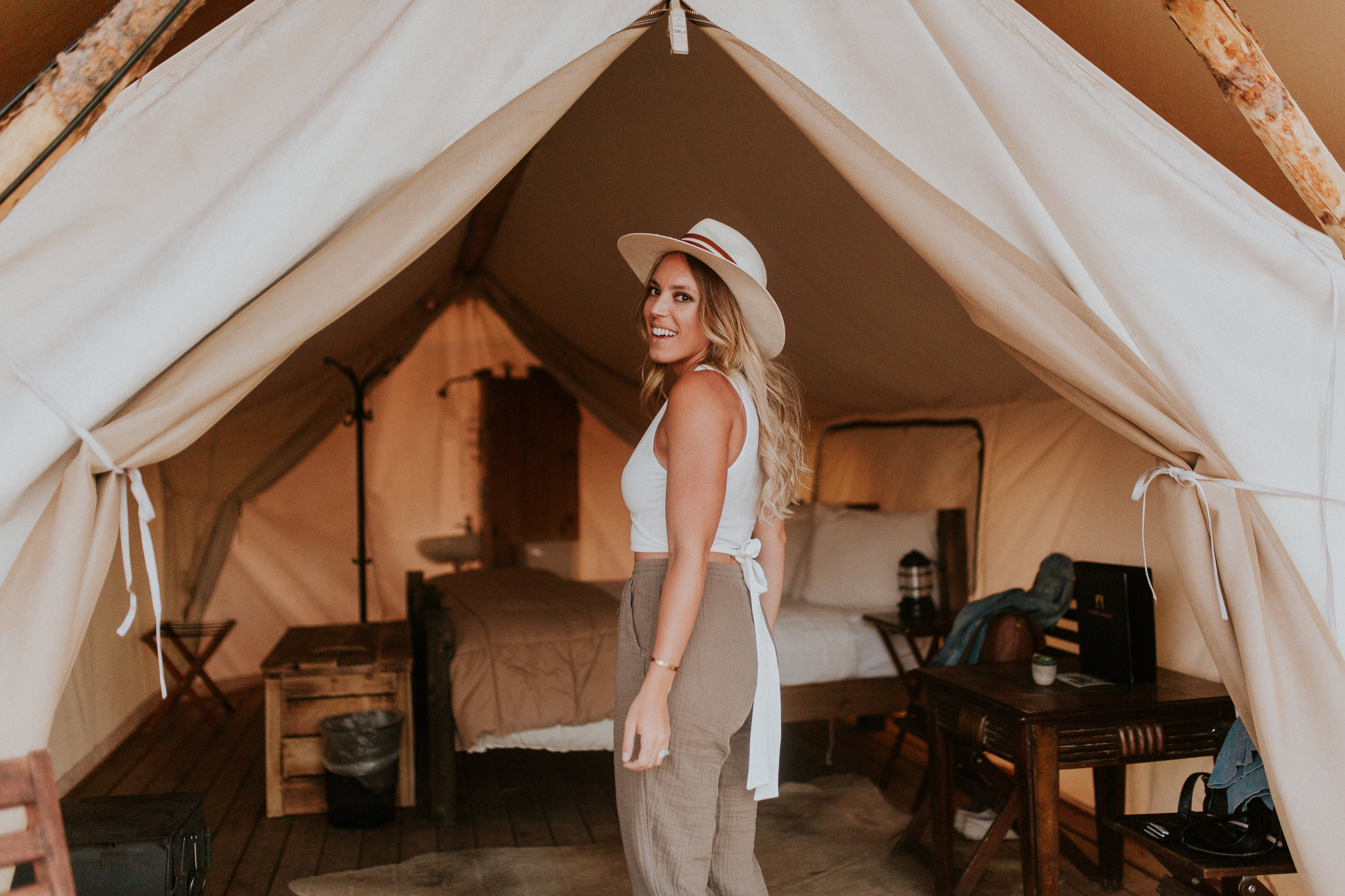 Blogger Gracefully Taylored with Under Canvas Moab(26).jpg