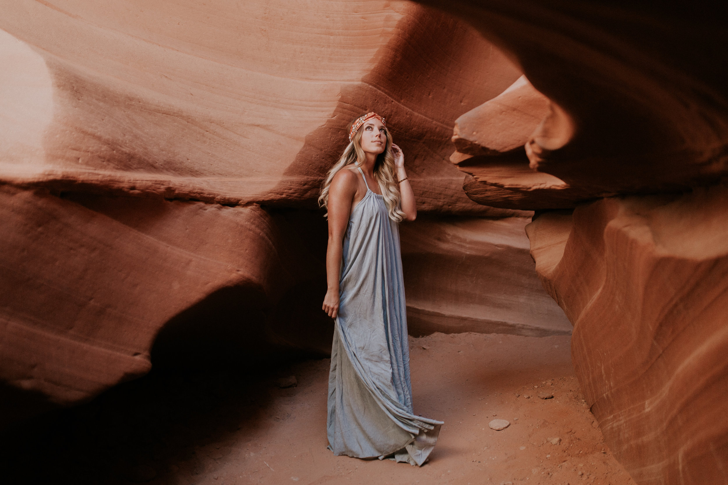 Blogger Gracefully Taylored in Vici Dolls at Antelope Canyon(9).jpg
