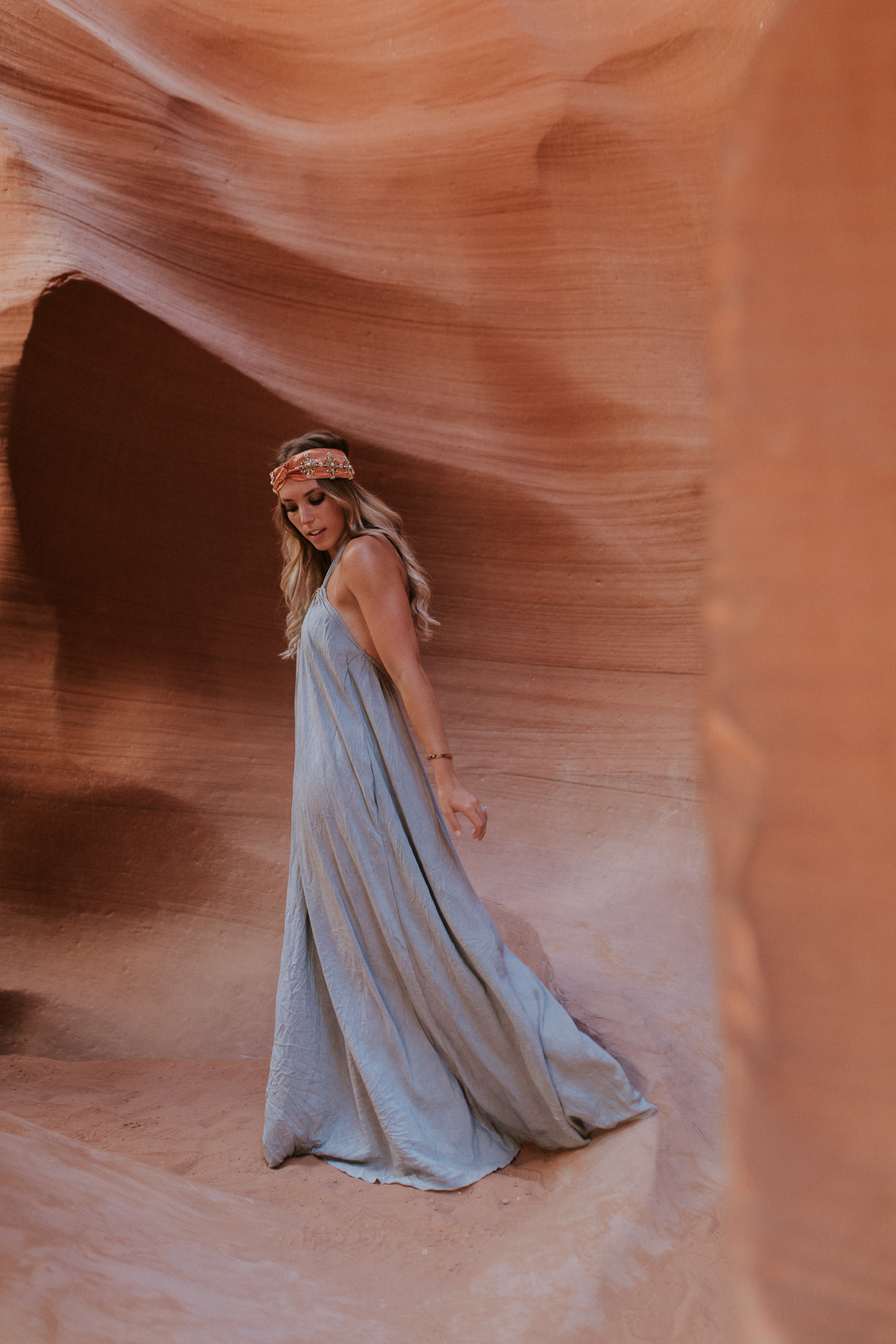 Blogger Gracefully Taylored in Vici Dolls at Antelope Canyon(22).jpg