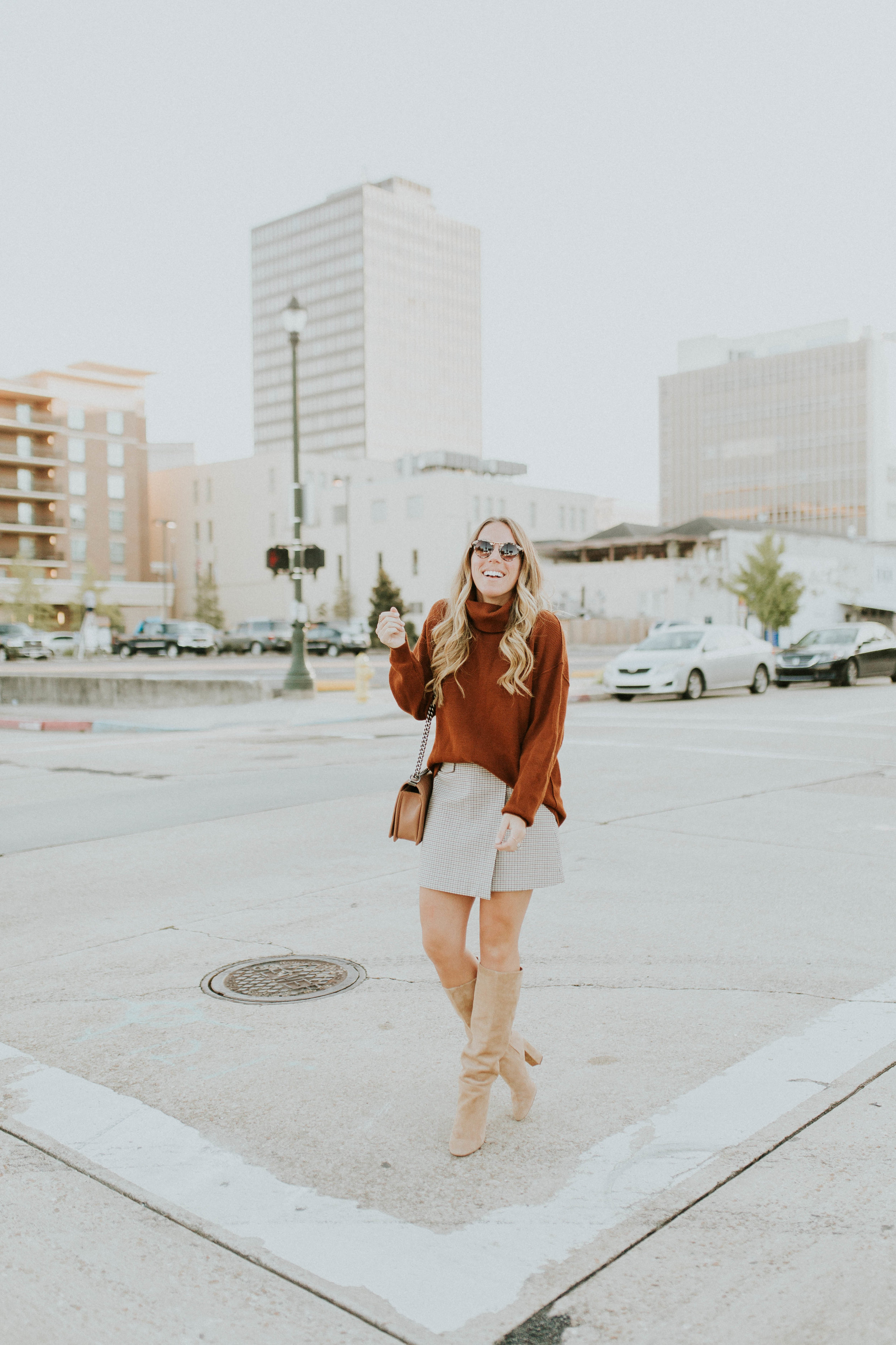 Blogger Gracefully Taylored in Free People Sweater and Theory Skirt(7).jpg