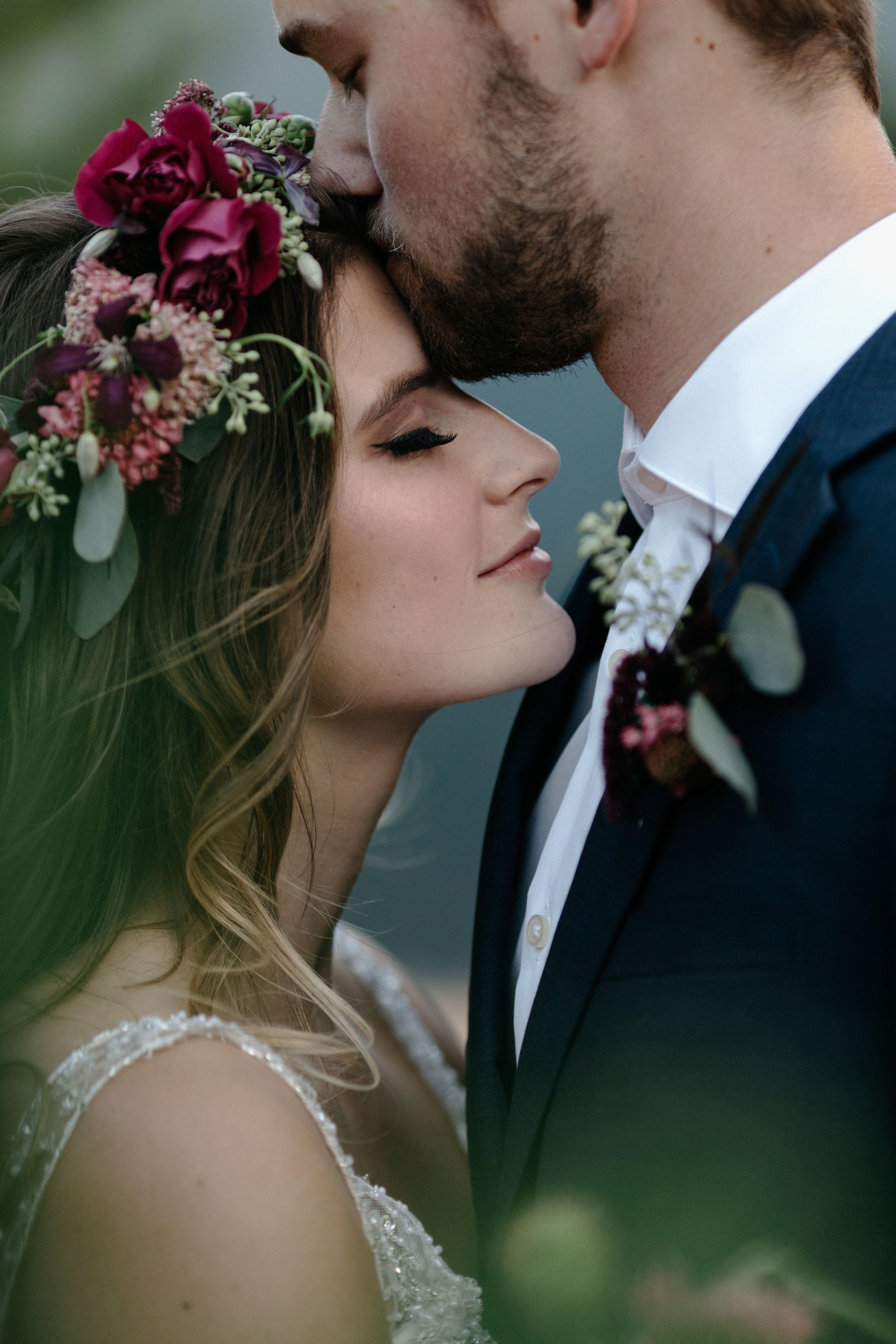 Bellingham bridal hair stylist, makeup artist, Leavenworth